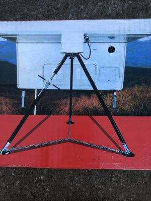 Bal deluxe tripod king pin stabilizing jack for 5th wheel campers NEW for Sale in Amherst, OH