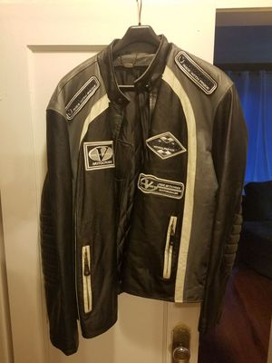 Leather motorcycle jacket 2x for Sale in Chicago, IL