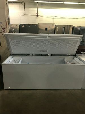Chest Freezer 25 Cu Ft for Sale in St. Louis, MO