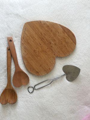 Heart-shaped kitchen stuff for Sale in Nashville, TN