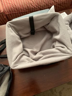 Dog Crate (puppy) COMES WITH CARRY BAG, coats, accessories for Sale in New Rochelle, NY