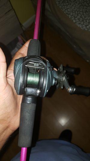Fishing reel. Pinnacle ub100 3:2:1 baitcaster for Sale in Tampa, FL