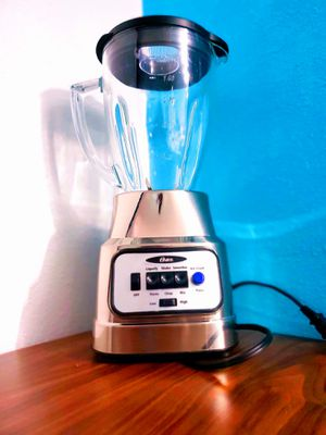 Oster PRO 8-Speed Blender In Stainless Steel for Sale in Woodbridge, VA