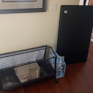 Cage For Small Animal. Guinea Pig, Rabbit, Etc Etc Approx 3 Ft X 1.5 Ft for Sale in Dover, FL