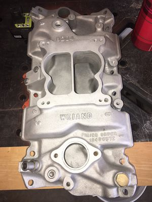 Weiand intake small block v8 for Sale in Parlier, CA