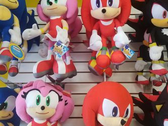 """Sonic 4 Characters 18"""" for Sale in Commerce,  CA"""