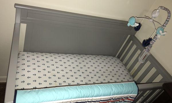 Convertible Baby crib and accessories