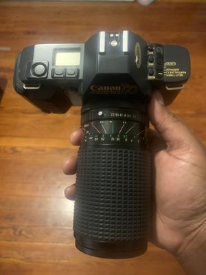 Vintage Canon T70 film camera for Sale in St. Louis, MO