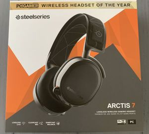Arctis 7 wireless gaming headset for Sale in Rancho Cucamonga, CA