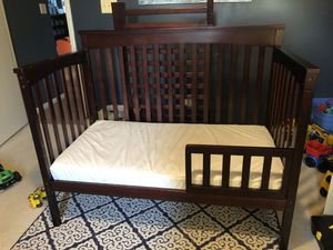 Baby Crib for Sale in Forest, VA