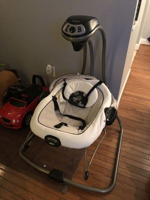 Grace DuetConnect DLX Swing/Bouncer for Sale in North Potomac, MD