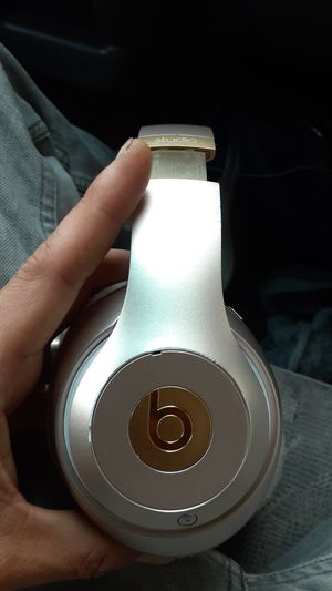 Dre Studio Beats 3 for Sale in San Diego, CA