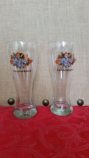 $20 Lot of 2 Collectible Rainforest Cafe Pilsner Beer Glass for Sale in Hemet, CA