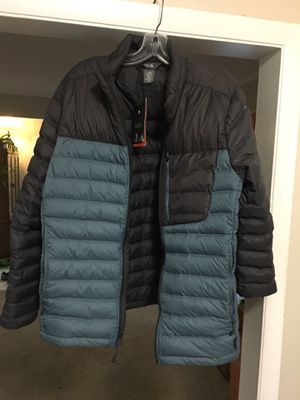 Mountain Hardware Men's Dynotherm Down Jacket (Brand New!!) for Sale in Des Plaines, IL