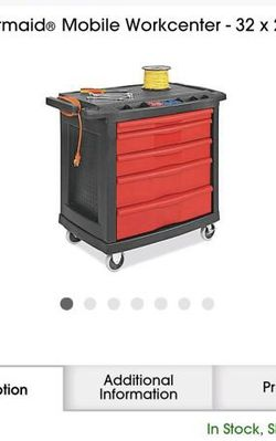 Rubbermaid Mobil for Sale in Wood Dale,  IL