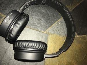 Polaroid Bluetooth Headphones for Sale in Winter Haven, FL