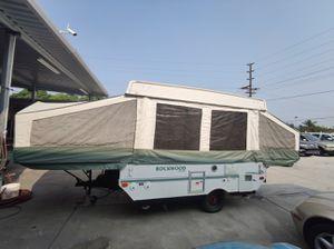 2004 Rockwood Pop Up Camper very clean sleeps 6 for Sale in El Cajon, CA