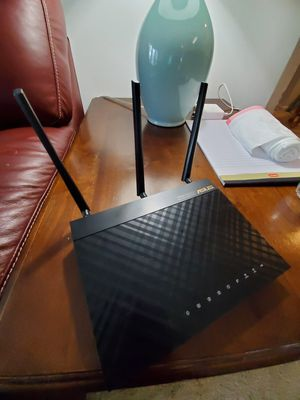 Asus RT-AC66U wireless router for Sale in NO POTOMAC, MD