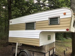 Truck top camper for Sale in Murfreesboro, TN