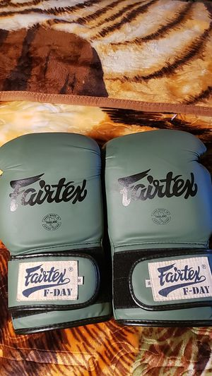 fairtex boxing gloves for Sale in Inman, SC