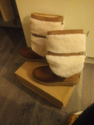Waterproof uggs for Sale in New York, NY