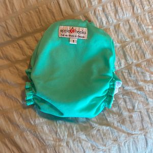 Apple cheeks All In One Cloth Diaper Size 1 for Sale in Queen Creek, AZ