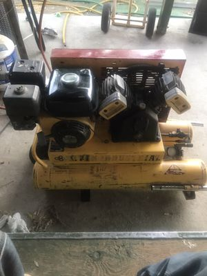 5.5 hp Industrial air compressor for Sale in Perris, CA