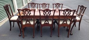 Link-Taylor mahogany dining room table, 8 chairs and 2 center leafs for Sale in Chesapeake, VA