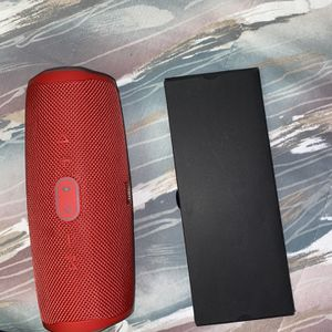 JBL Speaker for Sale in West Bloomfield Township, MI