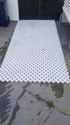 Grid axcents fence for Sale in Long Beach, CA