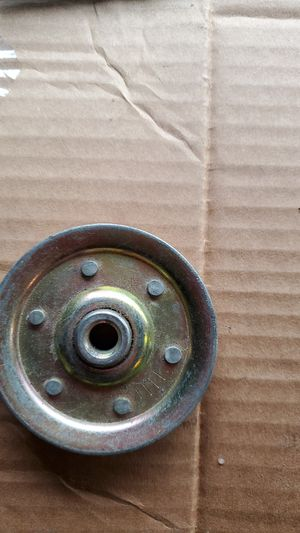 3 inch garage door pulley for Sale in Chicago, IL