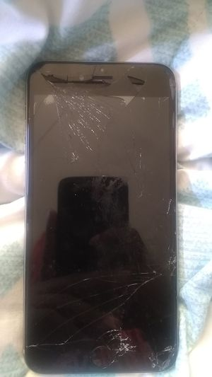 iPhone 6s plus 128 gb for Sale in Pittsburgh, PA