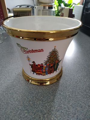 Merry Christmas Flower Pot for Sale in Belleville, IL