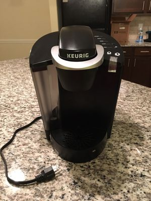Keurig K-Classic Coffee Maker, Single Serve K-Cup Pod Coffee Brewer, 6 to 10 oz. Brew Sizes, Black for Sale in Newnan, GA