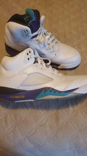 Jordan 5 grapes sz 10.5 for Sale in Atlanta, GA