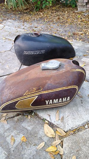 Motorcycle gas tanks Kawasaki and Yamaha for Sale in St. Petersburg, FL