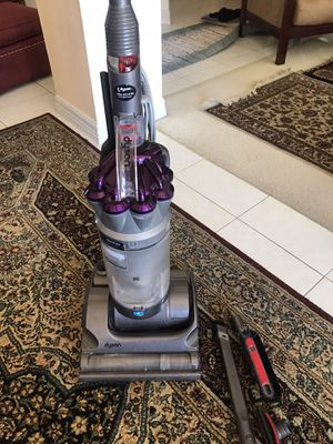Dyson Absolute DC 17 animal with 4 attachments for Sale in Rowlett, TX