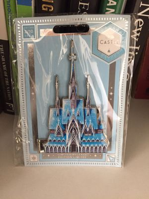 Frozen Castle Collection Disney Pin Limited Release for Sale in Tehachapi, CA