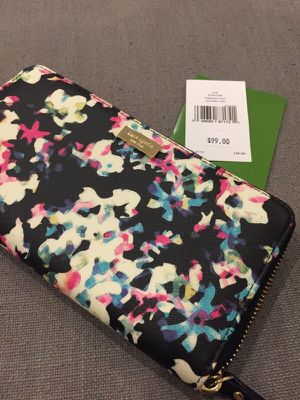 Brand new Kate Spade wallet for Sale in Boston, MA