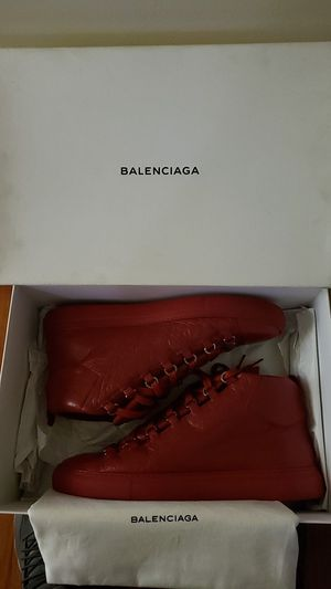 Balenciaga arenas size 43 ( fit like a 12 ) for Sale in Columbus, OH