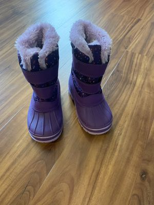 Toddler Girl Snow Boots for Sale in Silver Spring, PA