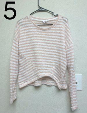 Clothes under 5 for Sale in Phoenix, AZ
