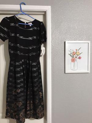 LuLaRoe Elegant Amelia NWT sz L for Sale in Kingsburg, CA