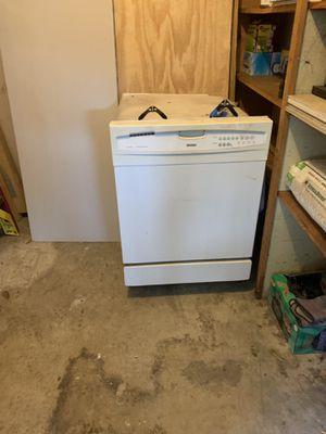 Kenmore Dishwasher for Sale in Jacksonville, FL