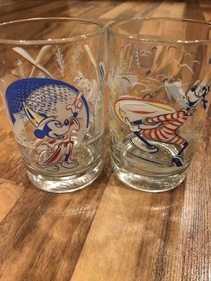 Disney Glasses Mickey and Goofy for Sale in Altoona, IA
