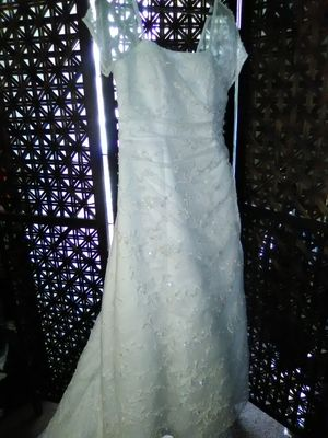 David's Bridal wedding dress size 12 for Sale in Los Angeles, CA