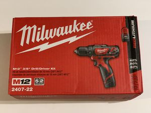 Milwaukee M12 12-Volt Lithium-Ion Cordless 3/8 in. Drill/Driver Kit 2407-22 for Sale in Garden Grove, CA
