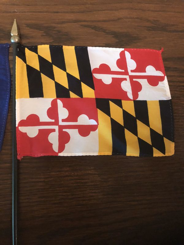 Maryland and Pennsylvania Desk Flags