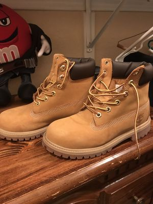 Girls Timberlands Size 4 for Sale in Dallas, TX
