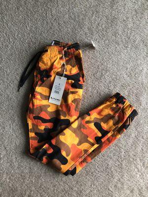 Camo cargo pants for Sale in Sicklerville, NJ